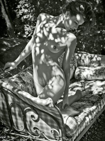 milla_jovovich_02.jpg (66 KB)