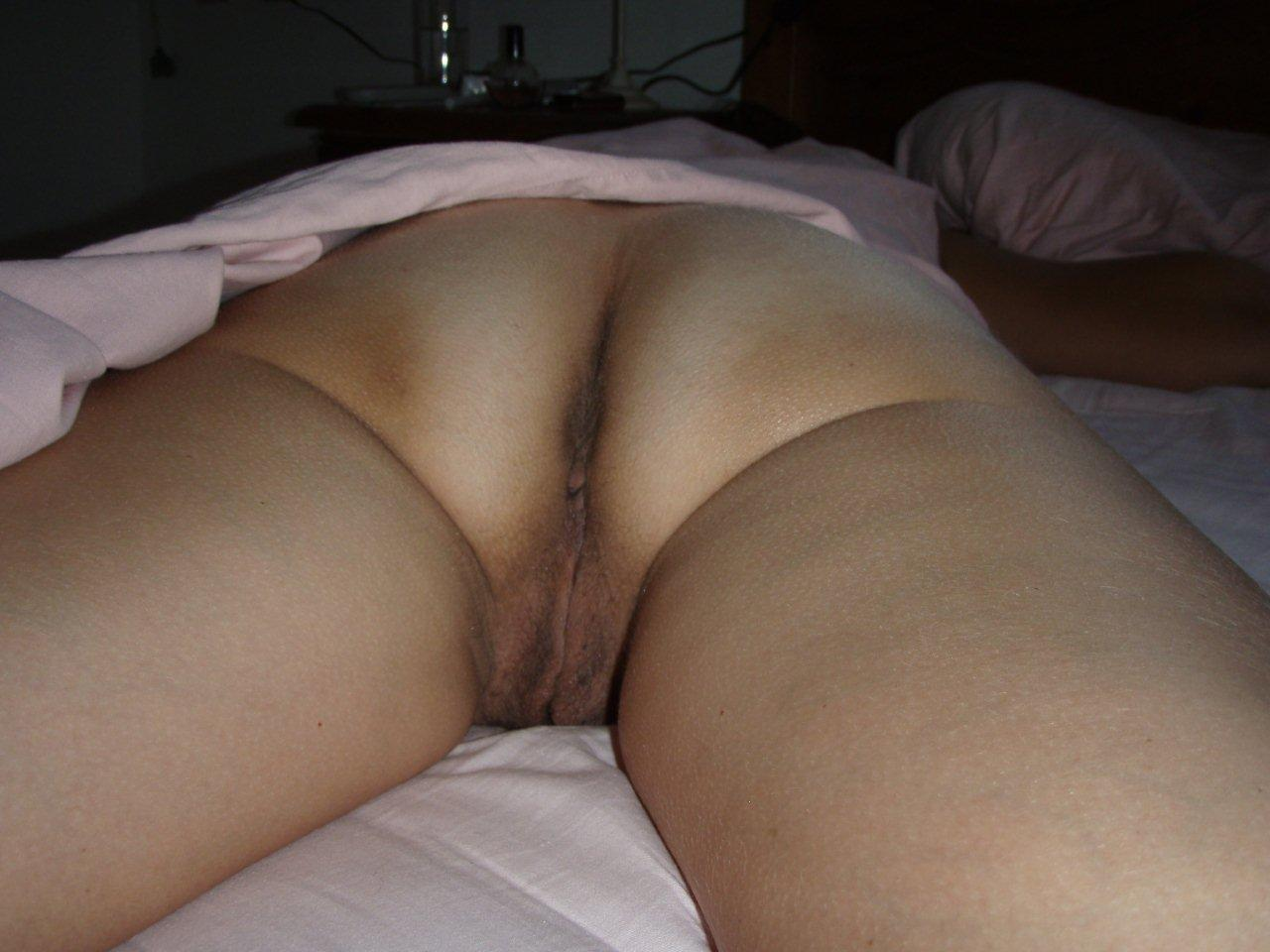Playing With My Wife Pussy