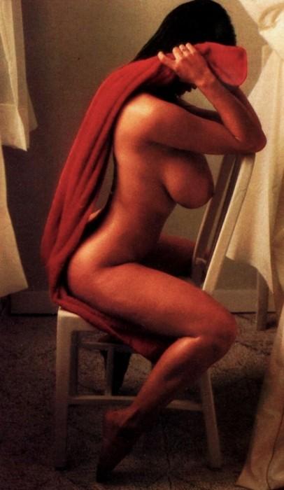 red_towel.jpg (72 KB)