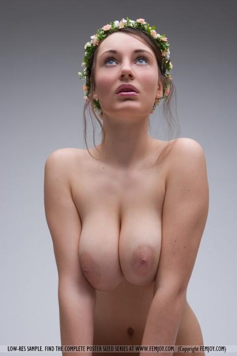 Like-a-goddess-Imgur.jpg (84 KB)