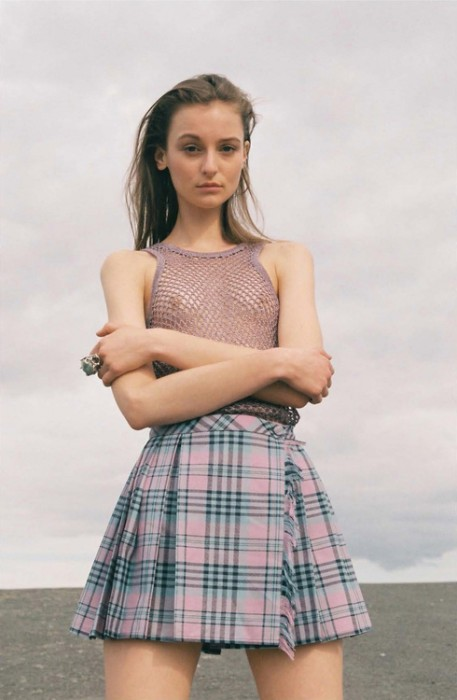 plaid_skirt.jpg (303 KB)