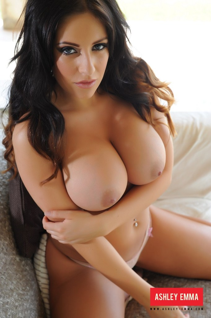 Busty-British-Brunette-Ashley-Emma-Imgur.png ...