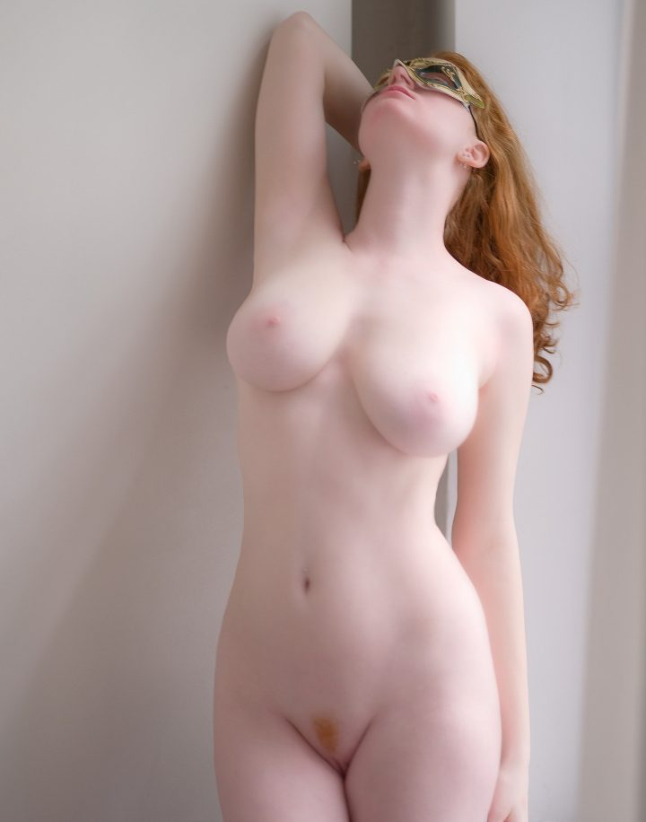 sexy pale red head.jpg